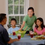 7 Steps to Make Family Dinner Easier