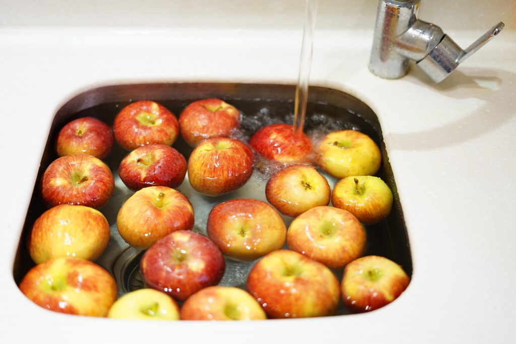 Apples and canning applesauce
