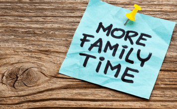 4 Creative Ways to Maximize Family Time With a Busy Schedule Omaha Mom